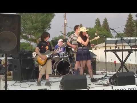 Music Garage performing Pearl Jam's