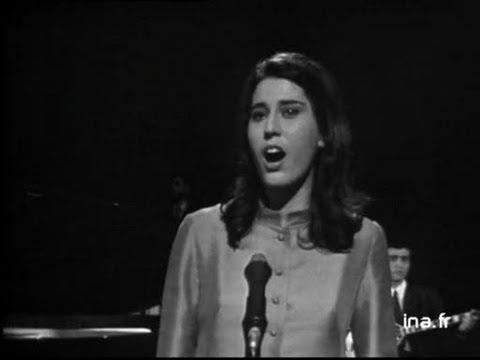 Maria Farantouri et l'orchestre des Bouzoukis