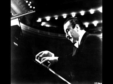 Claudio Arrau plays Liszt's Verdi Paraphrases - Rigoletto