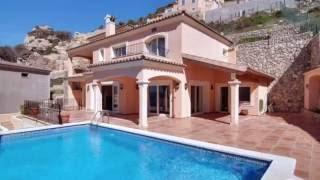 Brad Pitt and Angelina Jolie buy luxury house in Mallorca, Spain