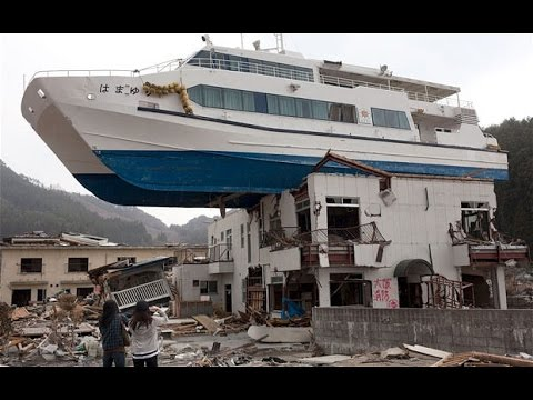 Craziest Scenes of Japan 2011 Earthquake Tsunami
