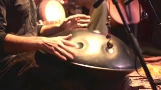 Новогодняя космическая колыбельная. Группа Альгамбра(Новогодняя космическая колыбельная. Группа Альгамбра www.algambra.org Алина Иква - виолончель Юрий Рубин - ханг..., 2013-11-26T21:24:02.000Z)