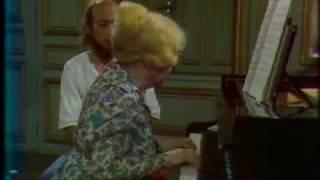 Yvonne Lefébure teaches how to play Beethoven
