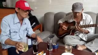 [Nhạc Rừng Guitar] Liên khúc Một mai giã tữ vũ khí vs Cát Bụi....guitar Chú Hùng hát Chú Trường Vũ