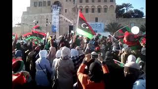 عادي  عادي  قولو  علينا  بريوش 17-2-2021  ميدان  شهداء   طرابلس