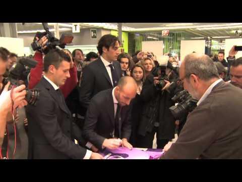 10-01-13 La Fiorentina da Lardini a Pitti Uomo.mp4
