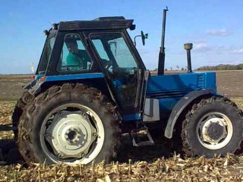 new holland 110 90 traktor youtube. Black Bedroom Furniture Sets. Home Design Ideas