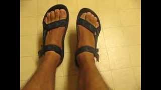 me reviewing my teva terradactyl sandals