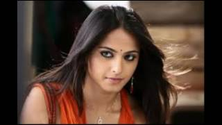 Anushka Shetty Hot Looking Photos Collections Part 1