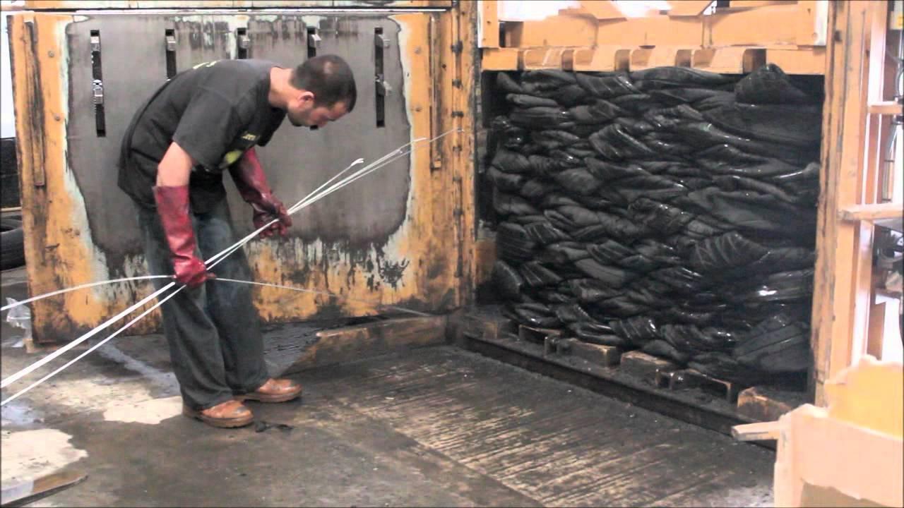 Tyre Baling Machine - Hydraulic Tire Baler - YouTube