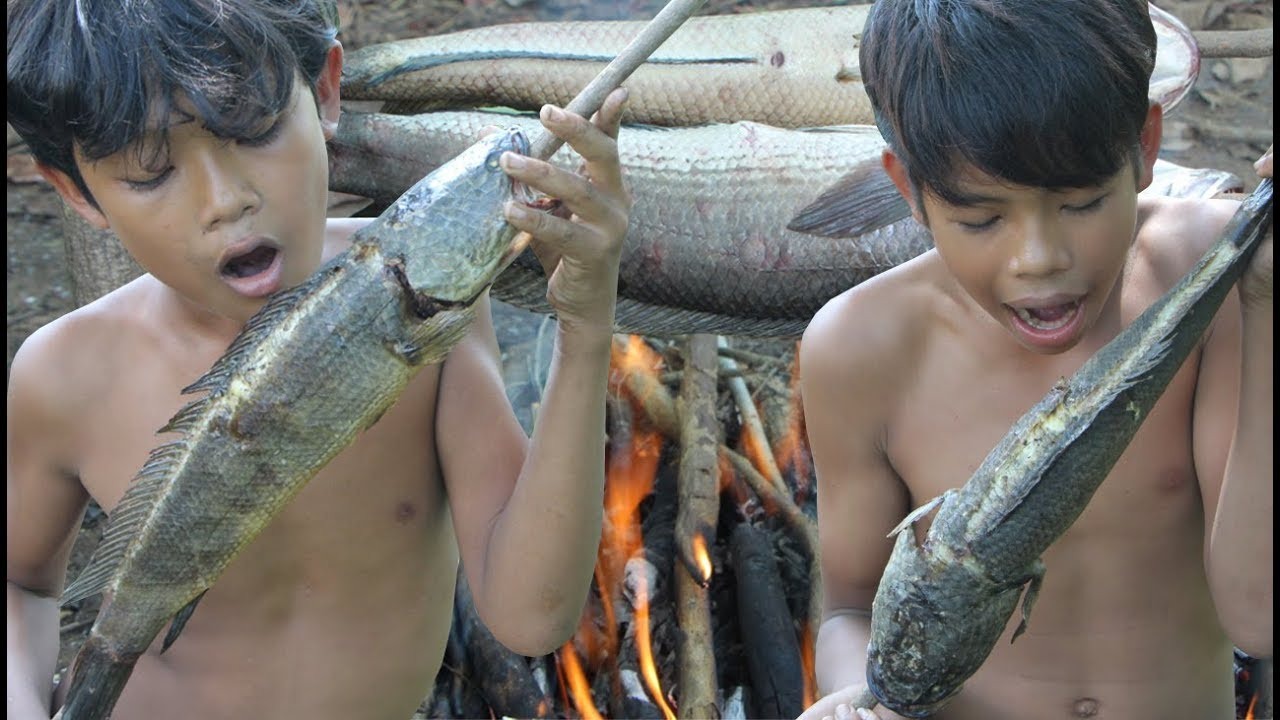 Primitive Technology - Awesome Grilled Fish - Eating Delicious