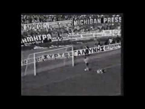 AEK Olympiakos  6 - 1