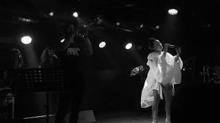 Yasemin Mori - Tuzlu Su ( Canlı Performans)