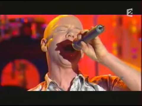 Jimmy Somerville  Smalltown boy dal vivo piano voce