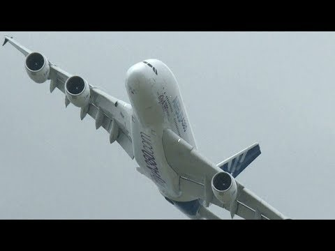 Airbus gives up on its A380 superjumbo jet Mp3
