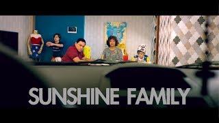 Gambar cover Sunshine Family (Official Trailer)