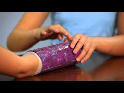 Shrinkins how to decorate an arm cast youtube for Arm cast decoration ideas