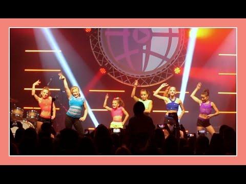 FLAIR DANCE 2.0 | THE GIRLS DANCE AT PLAYLIST LIVE DC | Flippin' Katie