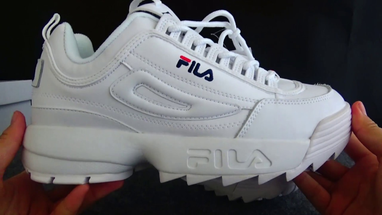 FILA Sneaker FILA DISRUPTOR Detailed Review - YouTube 0dca911d47fa3