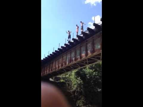 Demossville KY Bridge Jumping