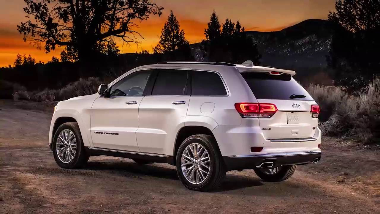 2016 Jeep Grand Cherokee Oil Change >> Change Oil Message-Using the oil change indicator in 2017 Jeep Grand Cherokee - YouTube