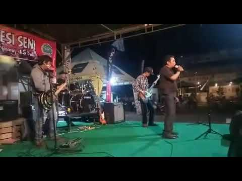 Aku cinta Kau dan Dia tribute Ahmad Band by Kolaboarasi The Band & Penjawi Band