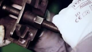 замена колодок Quickmade(Сеть автотехцентров QuickMADE., 2013-01-20T20:07:52.000Z)