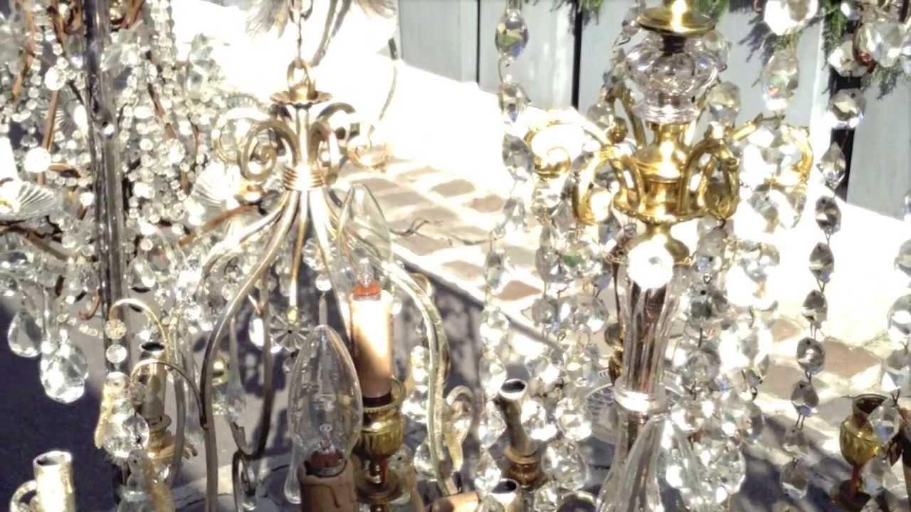 antiquaire de lustres au march serpette des puces de saint ouen youtube. Black Bedroom Furniture Sets. Home Design Ideas