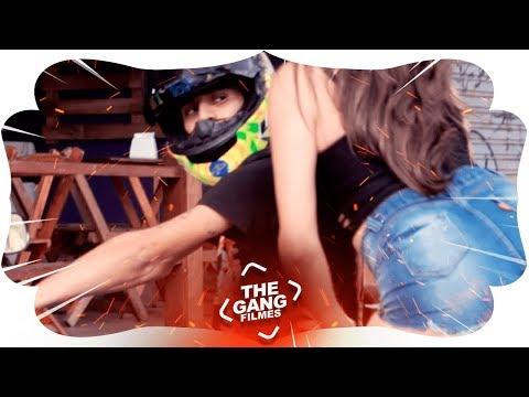 MC AK - Otária To com uma melhor que ela (Clipe Oficial) DJ Marcus Vinicius