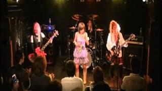 Syrenes(セイレン) are Vocal みわ Guitar 雷(ライ) Bass 狂姫(キ...