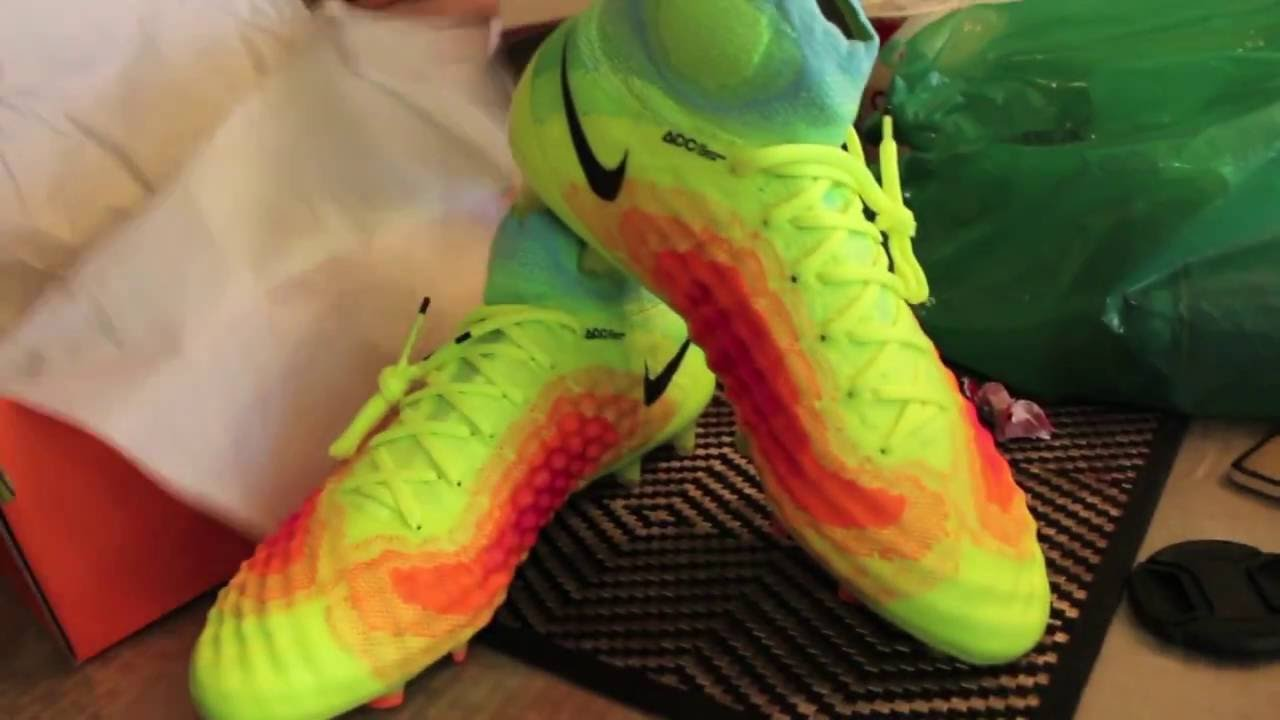 6ca61505b90 Nike Magista Obra 2 - Unboxing - YouTube