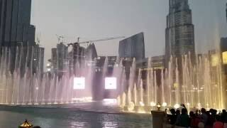 Burj Khalifa Dubai Dancing Fountain, Tong Hop (China song) 2016