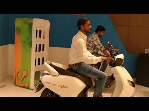22 Motors & KYMCO electric scooters Walkaround |  Hindi | MotorOctane Mp3