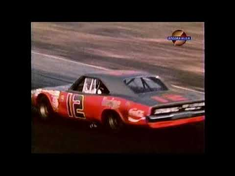 1971 NASCAR Motor Trend 500 at Riverside