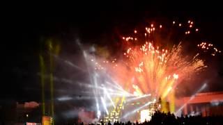 Световое шоу в Симферополе : 18 августа 2013(, 2013-08-18T23:56:11.000Z)