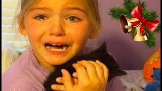 Baixar KIDS REACTIONS To Kitten And Puppy Surprise On Christmas Compilation 2017
