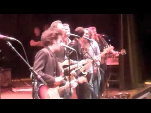 Willie Nile & Bruce Springsteen perform One Guitar, LoD 2012