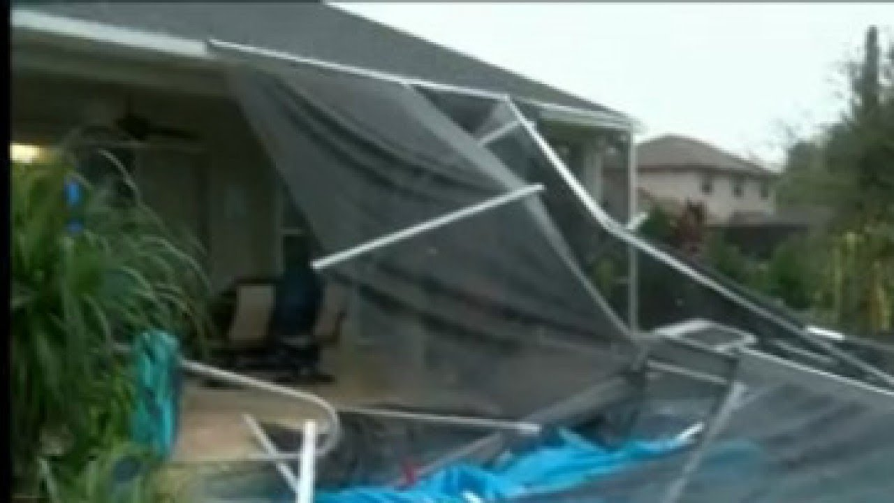 17 homes hit, but no injuries reported from Spring Hill EF
