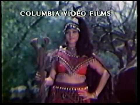 Download Tamil Movie Song   Karumbu Vil   Meenkodi Theril Manmadha Rajan Female