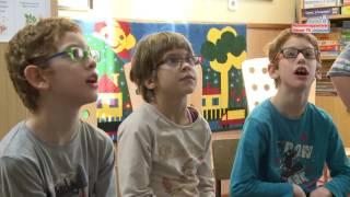 Okostábla átadás az Éltes iskolában