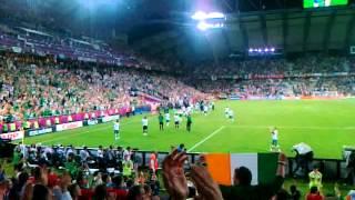 Irish footballers thanks their awesome supporters! - ireland - italy (euro 2012 poznań)