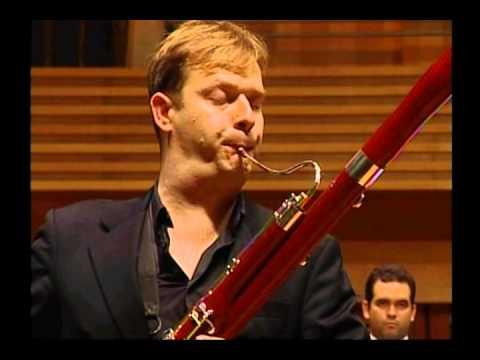 Matthias Racz - Fagott, bassoon, fagot / Weber Concert for bassoon / Simon Bolivar Orchester 2011
