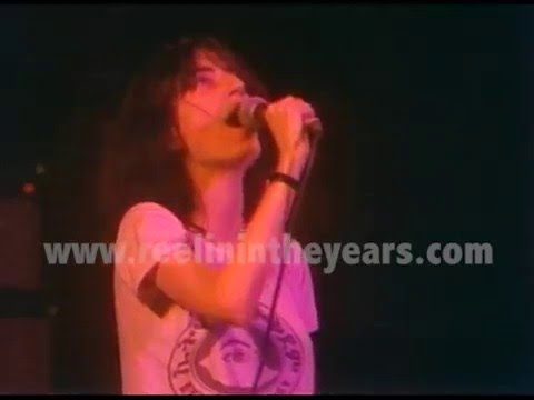 "Patti Smith ""Gloria"" LIVE 1976 (Reelin' In The Years Archive)"