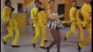 Mitzi Gaynor and her dancers Everybody Loves My Baby