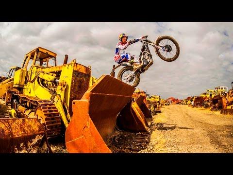 Moto Trials Riding in a Scrapyard