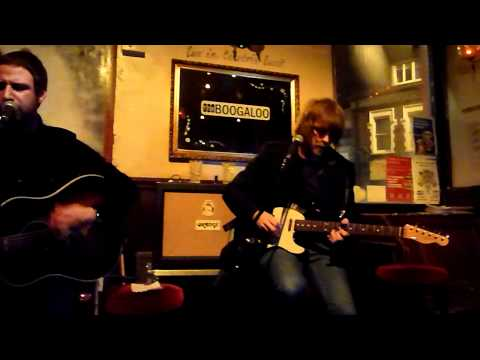 """The Rifles """"out in the Past"""" live @ the Boogaloo 13/12/11"""