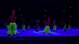 ディズニーオンアイス2018横浜公演8/18朝回のほうきの演舞です。