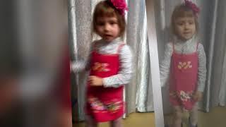 Алинка-балеринка! Монтаж вертикальной съемки. Домашнее видео