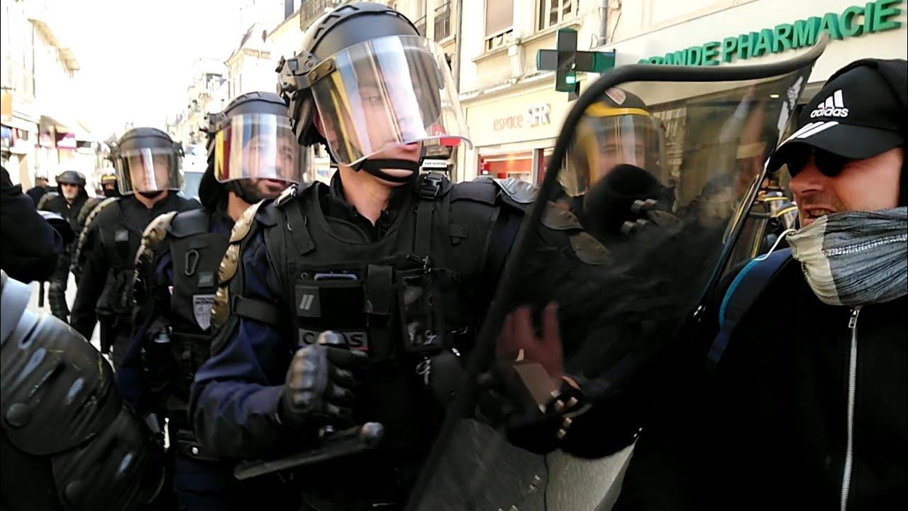 foto de Dijon gilets jaunes Acte 30 réprimé par l'état policier