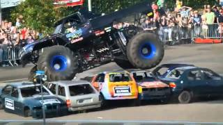 Haaksbergen accident Multiple angles | Monster truck rides on a crowd of people